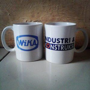 Mug souvenir perusahaan Wika
