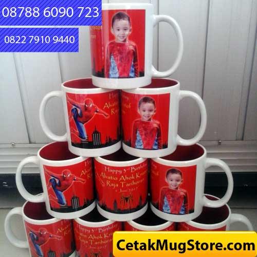 Mug Souvenir Ulang Tahun Tema Superhero Spiderman (1)